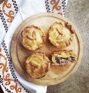 RECIPE: Leftover Turkey Pies
